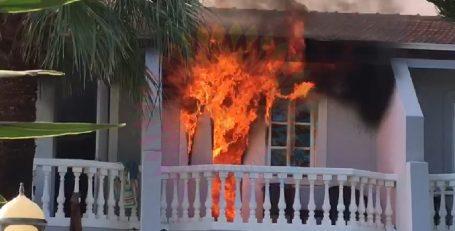 Женщина погибла при пожаре в LA отеле (Лапта)