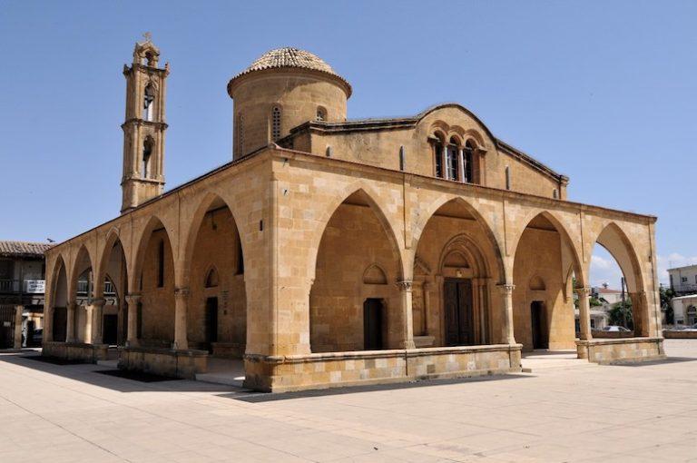 Монастырь Св. Мамаса в Морфу
