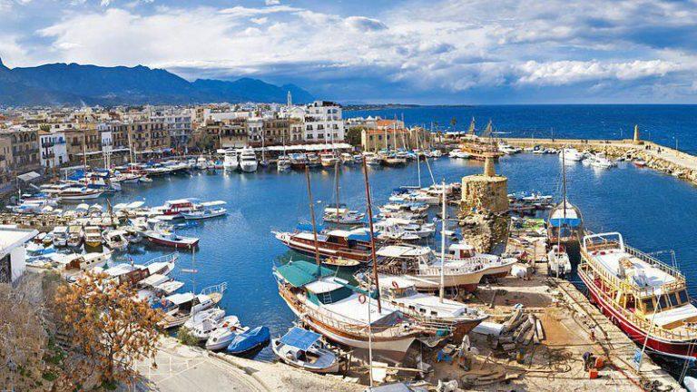 Туристы смогут приезжать на Северный Кипр с 1 июля