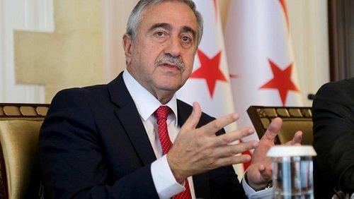 Акинджи обеспокоен всплеском новых случаев Covid-19 в Турции