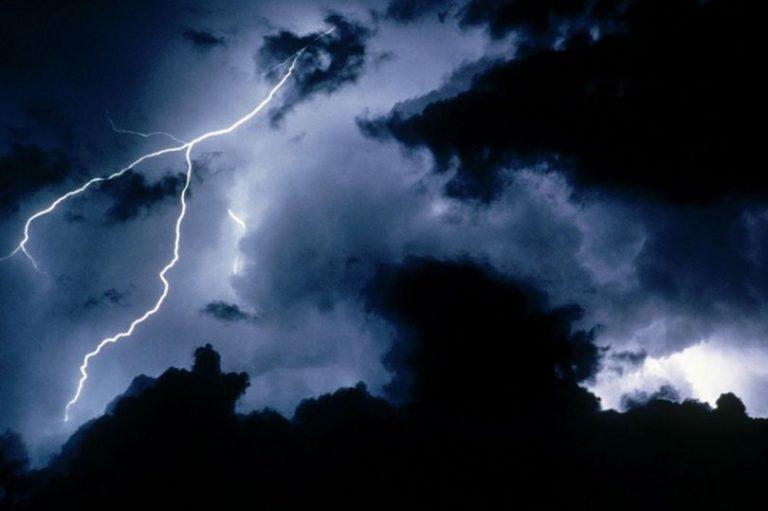 Погода: Грозы и дождь в воскресенье