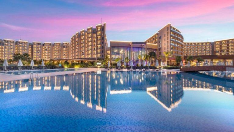 Положительный результат теста на Covid-19 у менеджера отеля Elexus