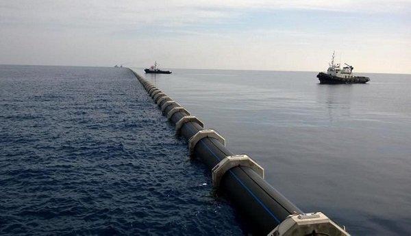 Работы на подводном трубопроводе должны завершиться завтра
