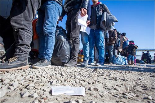 Была обнаружена лодка с сирийскими гражданами в водах ТРСК