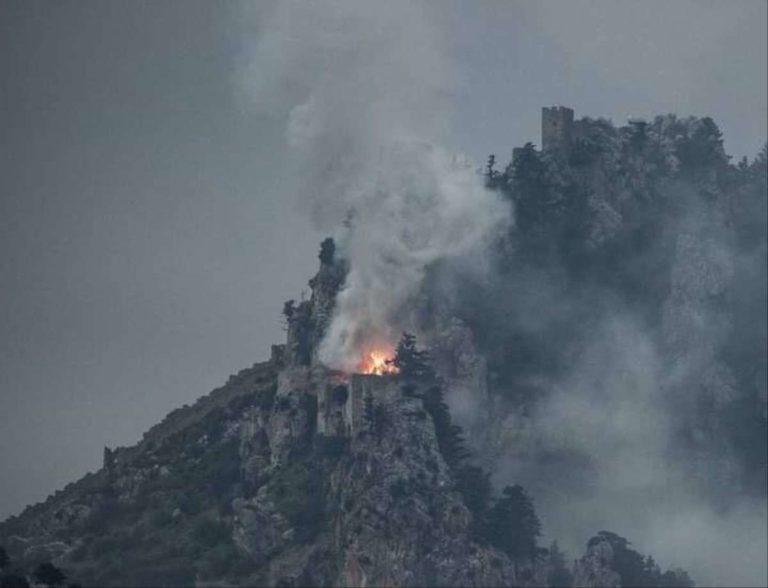 Пожар в замке Святого Иллариона