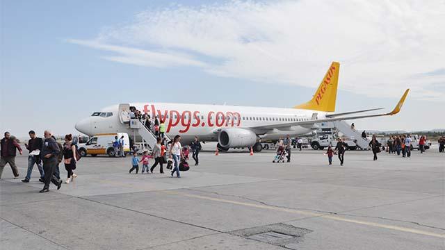 Ежедневные рейсы в Эрджан увеличились до четырех