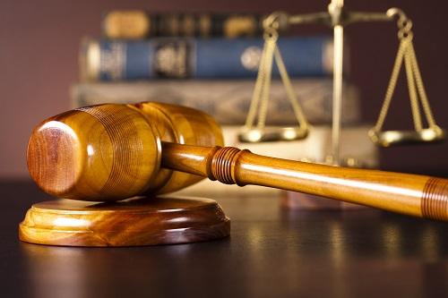 Профсоюзы возбудили судебный иск против правительства