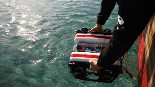 EMU запускает первого подводного робота ORCA