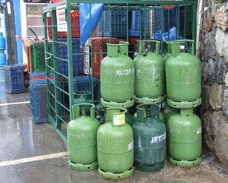 Оптовая фирма оштрафована за хранение газовых баллонов