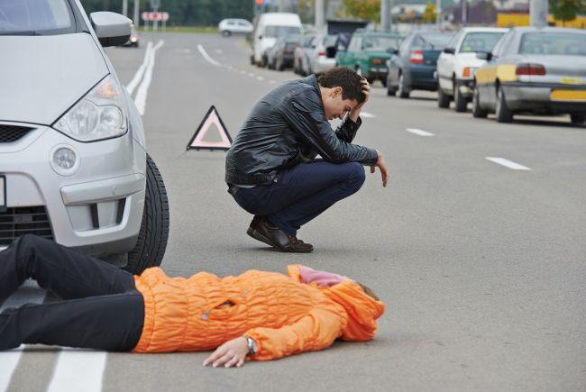 Женщина погибла, переходя дорогу в Кирении